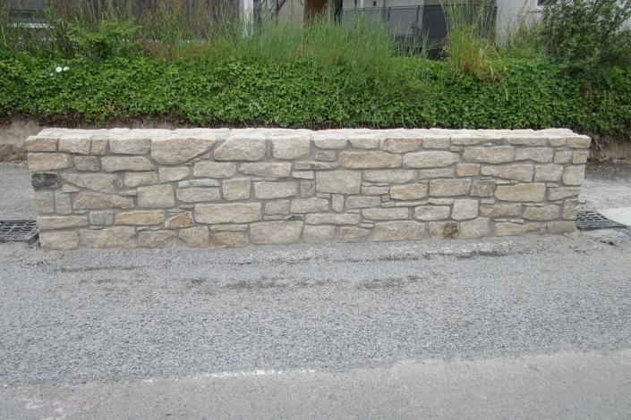 Mur pierre Ste Luce sur Loire