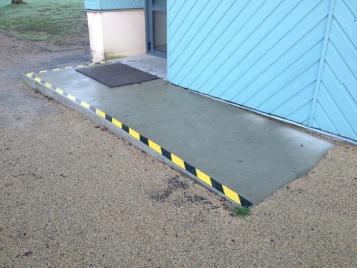 Rampe PMR pour accès de bureaux a Sautron